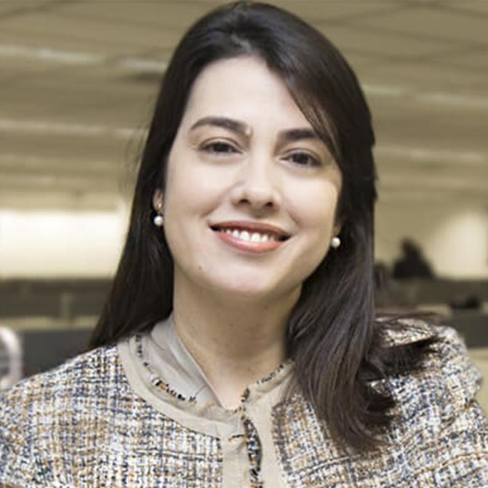 Monique Bernardes