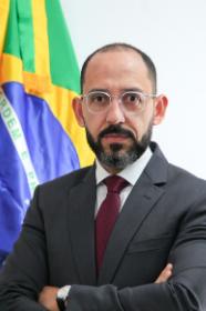 Vitor Menezes