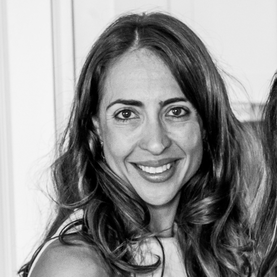 Mariana Mendes ((2)Collab)