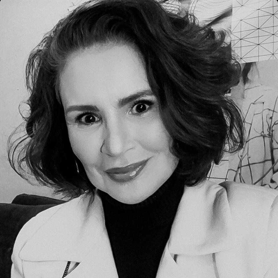 Claudia Manhães (Fashion2B)