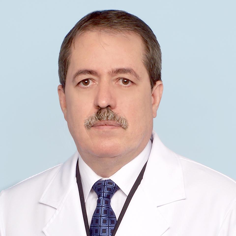 Dr. Marco Aurélio Valadares