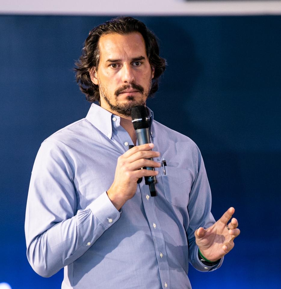 Miguel Cavalcanti, Agrotalento