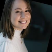 Paola Panichi Luporini, Analista Senior na Stable
