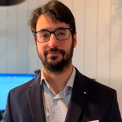 Gabriel Santin, Economista no Rabobank