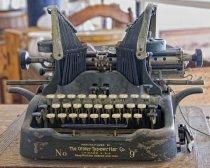 Image of Oliver Typewriter - Hindsman Store