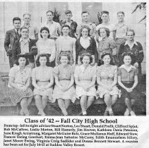 Image of 2007-013.002 - Newspaper photo from Valley Record of Fall City Class of 1942