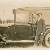 Image of 2009-012.KJA007 - Jesse Kelley & 1926 Dodge Van, Fall City