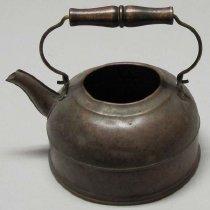 Image of 2011-006.AK162 - Copper teakettle, Artie Kelley, Fall City