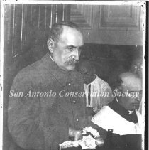 Image of 10.0004A1R - [Marshal Foch in San Fernando Cathedral]