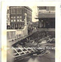 Image of 11.0045RE - Saint Mary's Street Bridge