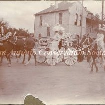 Image of 11.0252RE - Battle of Flowers Parade