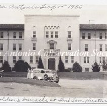 Image of 95.598RE - [Barracks at Fort Sam Houston]