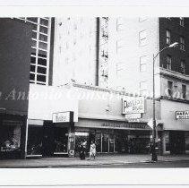 Image of 12.0603DS - Houston Street - 408 E. Houston Street