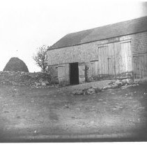 Image of P1987.002 - Barn at Weeden farm