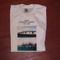 Image of 2006.015.002 - shirt