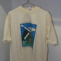 Image of 2006.022.001 - shirt
