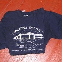 Image of 2006.033.001 - shirt
