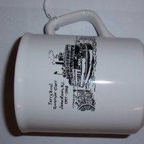 Image of 2009.027.002 - Mug