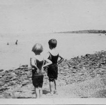 Image of P1982C.022 - Sports, Swimming
