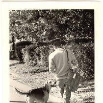 Image of P1984.016 - Postman Bill McCarthy and Tramp