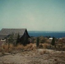 Image of P2004M.250 - 32 Buoy A (Plat 15, 32 Buoy St: fishing cottage, moved 1948 from Beavertail)