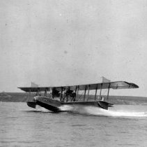 Image of P2004M.405 - Seaplane 2 (Navy, Aircraft: Seaplane [taking off] from Potter Cove