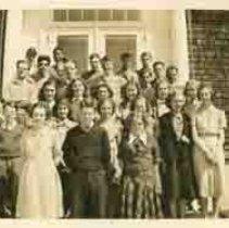 Image of P2008.015.001 - Clarke School Class of 1938