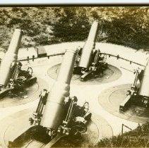 Image of P2015.113.012 - Guns at Fort Greble