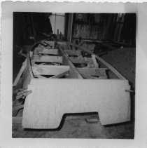Image of P2017.110.001 - Building of a 14-foot skiff