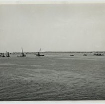 Image of P2017.016.001 - Series of 14 photos of the construction of the Newport Pell Bridge