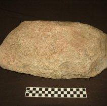Image of Metate, slab, granitic. Dorsal horizontal view, base.