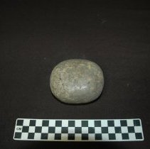 Image of Mano, granitic: dorsal view, side A (polished working surface).