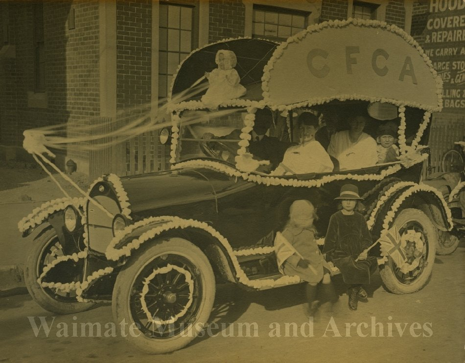 Peace Celebrations WWI - CFCA procession car - Waimate Museum and Archives