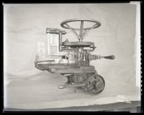 Image of Anderson-Barngrover Peach Pitter, 1930
