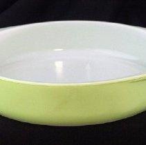 Image of 2011.207.66 - Dish, baking
