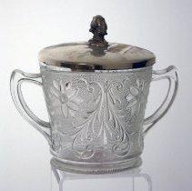 Image of 2011.240.122a-b - Bowl, sugar