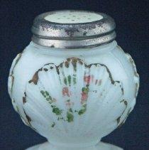 Image of Beaded Fan salt shaker. Milk glass/opal