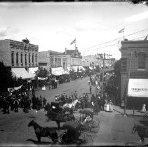 Image of FW_05369 - Crowd of Front Street, Moorhead, Minnesota, ca. 1890's