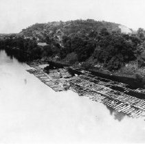 Image of Log rafts on the river - 2003.10.43
