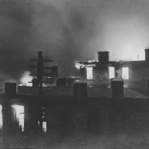 Image of Old Capital Hotel - on fire - 2003.10.61