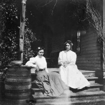 Image of Victorian Ladies on Porch Steps - 2003.49.3