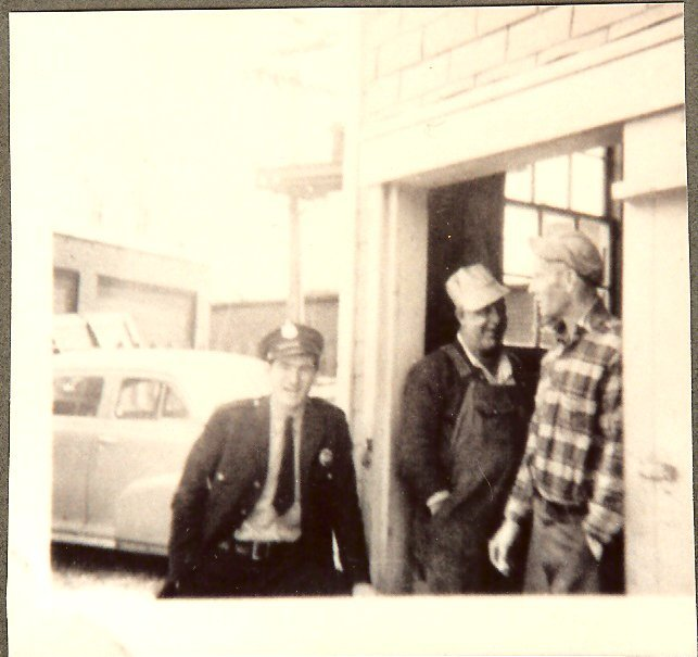 Ray Griffin, Bert McNaughton & Pinkham