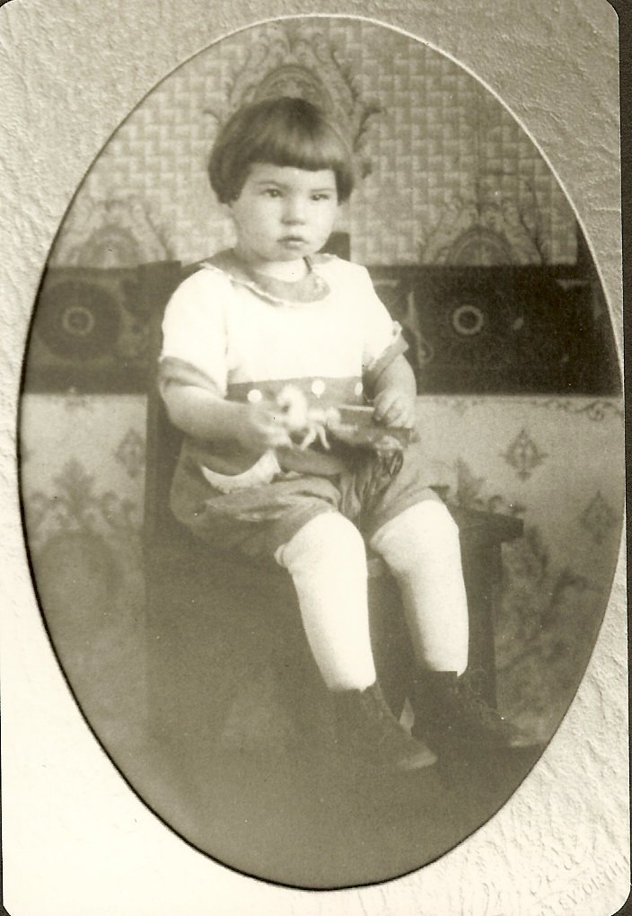 Fred Foss, young boy, professional photo