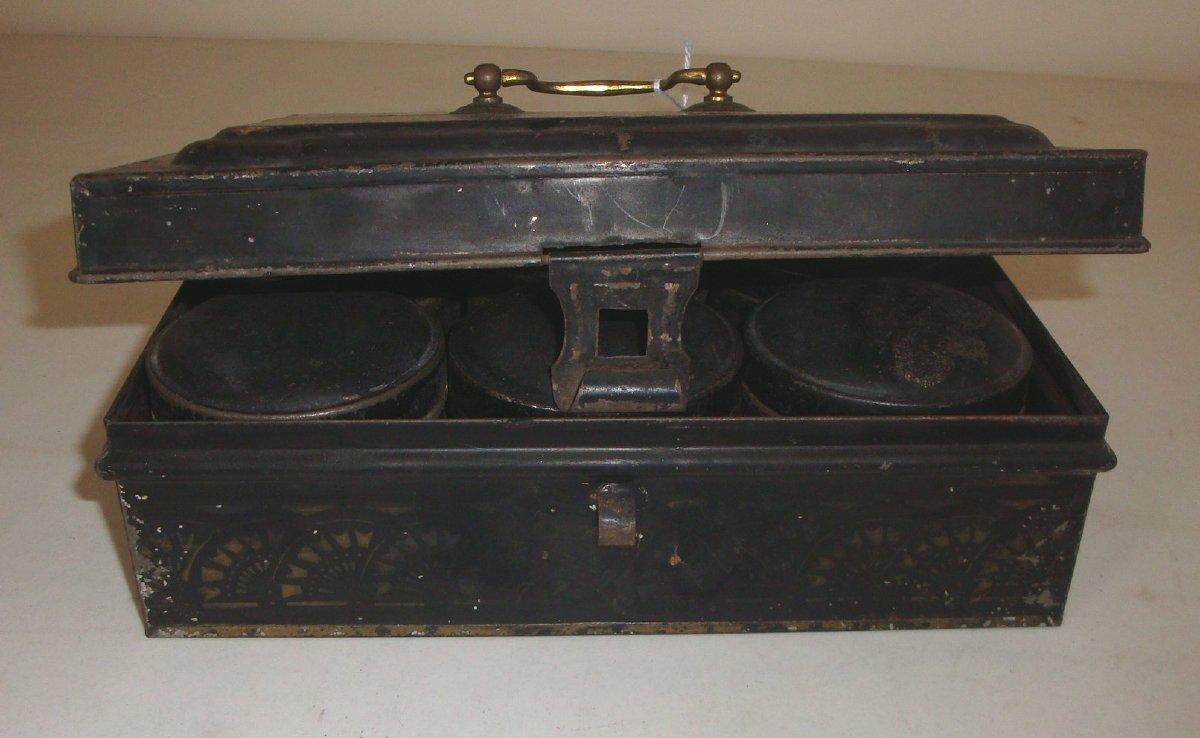 Tin spice storage box