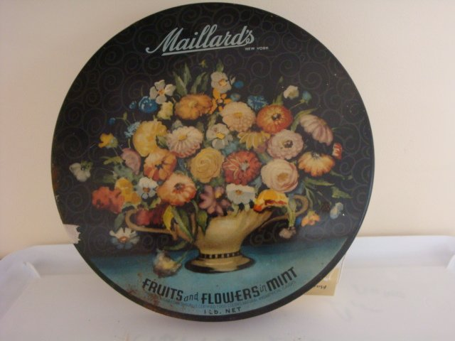 Maillard's candy tin, round