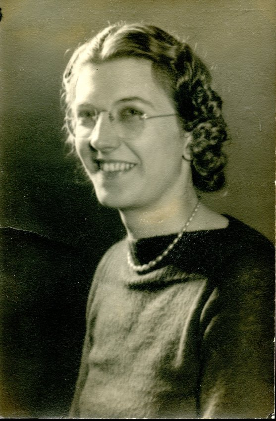 Moore, Esther, c. 1940