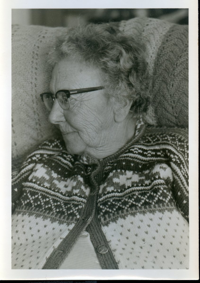 Moore, Ruth, older years