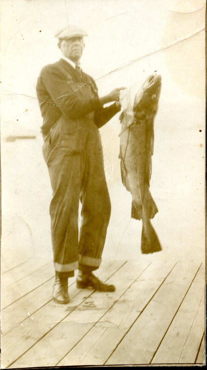 Moore, Philip, with big fish