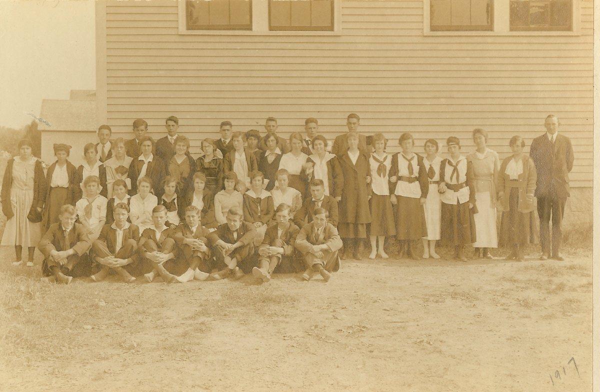1917 Pemetic school photo