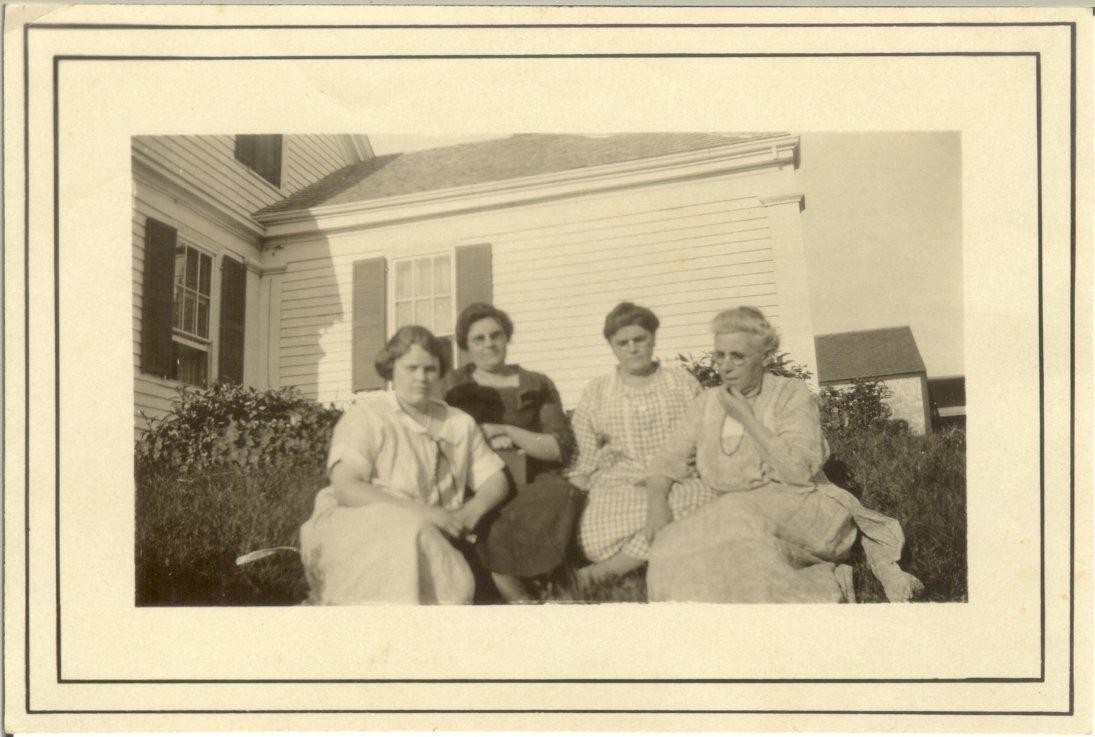 Torrey family women